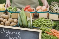 Продажа органических овощей и фруктов за границей