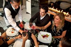 Обслуживание посетителей ресторана