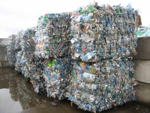 Вторичная переработка пэт (пластиковых) бутылок