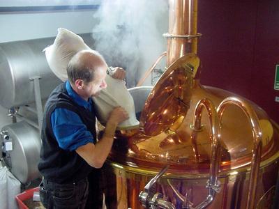 Процесс варения пива.