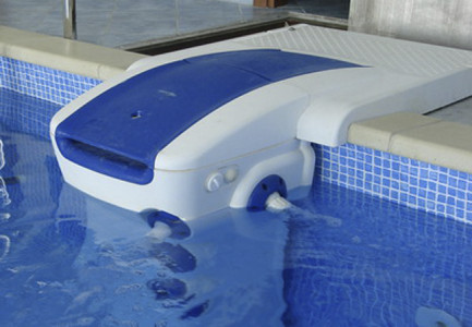 Система фильтрации воды в бассейне.