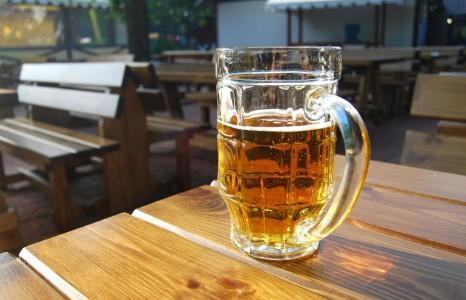 Продажа пива в 2018 Правила, штрафы, егаис, закон в Москве