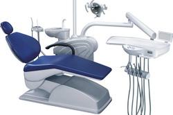 Оборудованное стоматологическое кресло