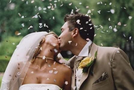 Организация свадьбы часто поручается агентствам