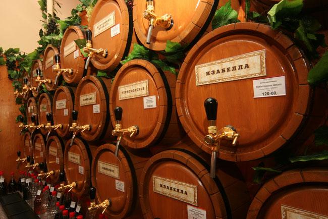 Хранение вина в бочках