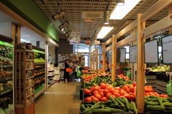 Интерьер овощного магазина