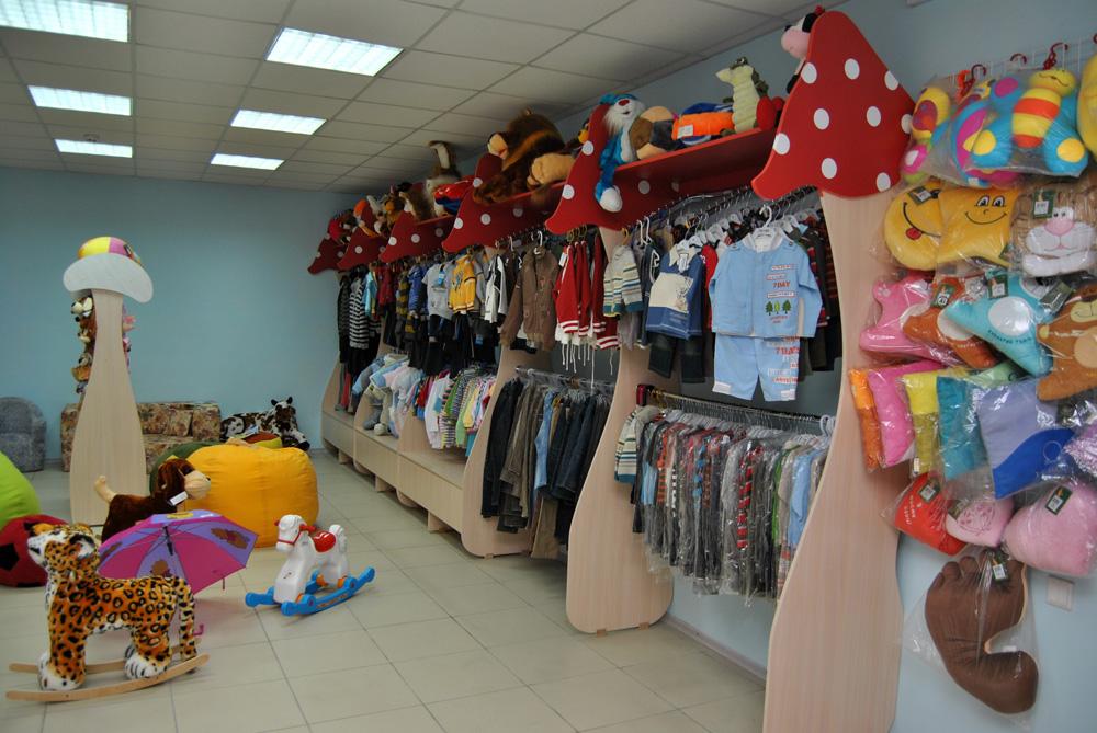 Оборудование магазина детской одежды