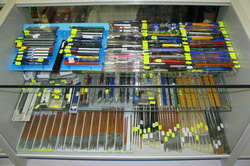 Ручки, карандаши, кисти