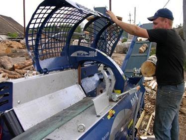 Гидравлическое оборудование для колки дров и сырья при производстве древесного угля