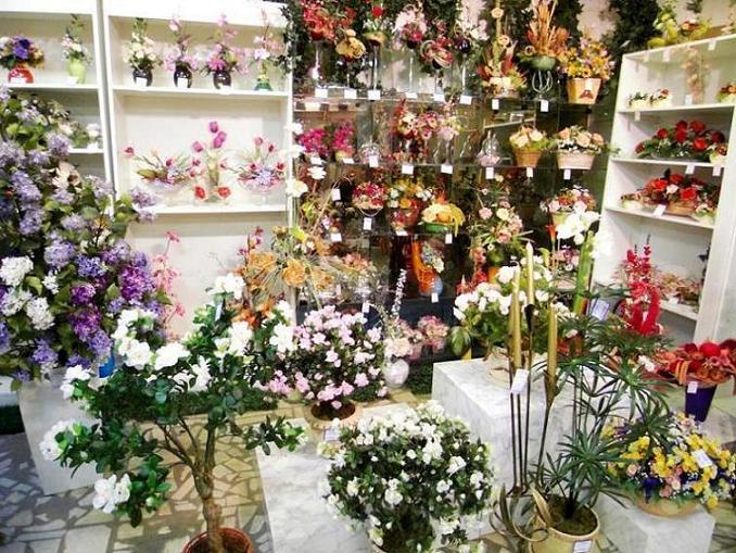 Ассортимент магазина цветов