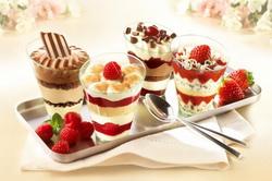 Красиво оформленное мороженое