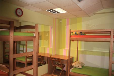Двухярусные кровати экономят место