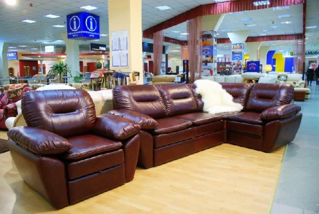 Расположение мебели в торговом зале