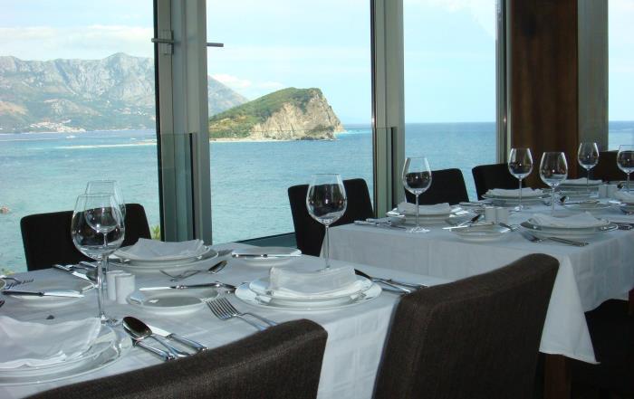 Ресторан на побережье