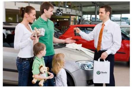 Продавец-консультант автомобилей SKODA.