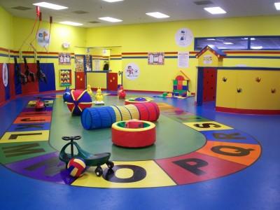 Спортзал в частном детском саду.