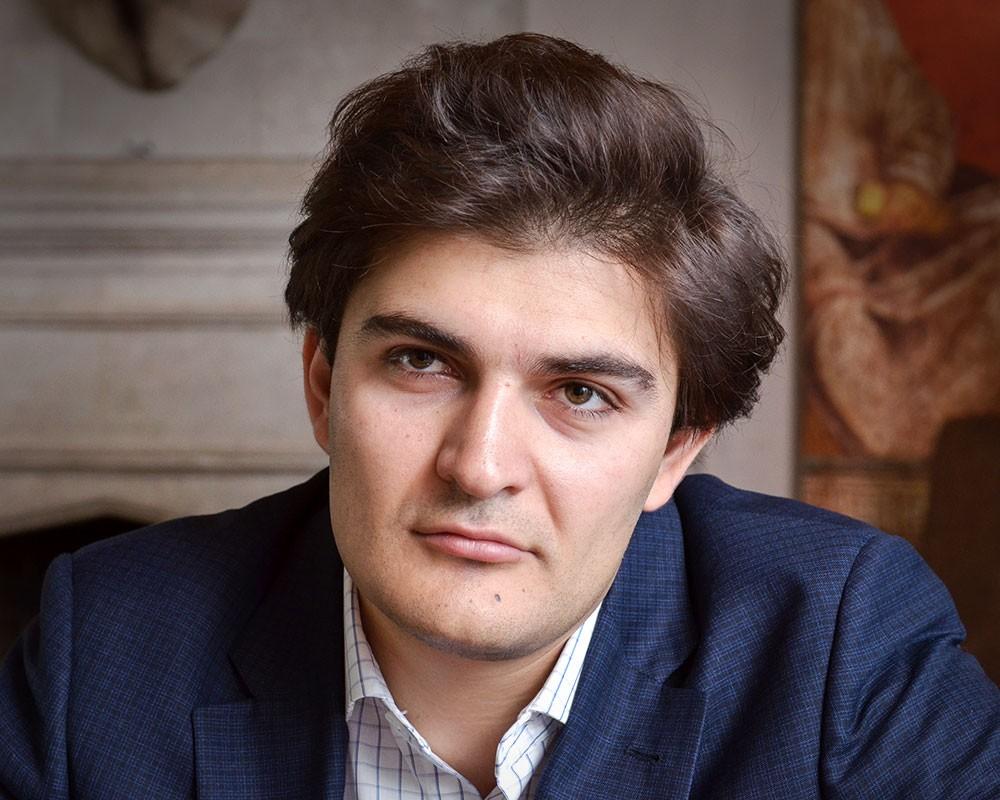 Эдуард Илоян