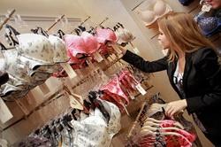 Продавец консультант в магазине женского белья вакуумный упаковщик томск